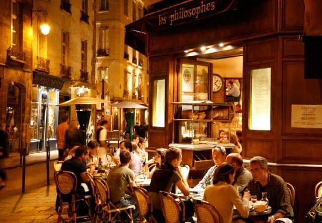 38 Tips for Moving to Europe